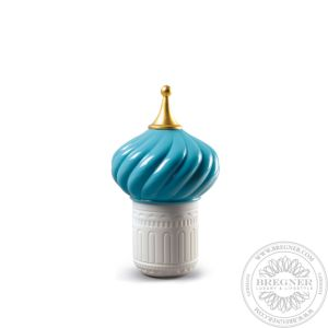 Turquoise Spire Candle 1001 Lights. Unbreakable Spirit Scent